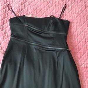 Black gorgeous dress with zipper design